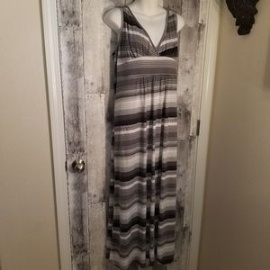 Loveappella nordstrom grey stripe maxi dress 2x